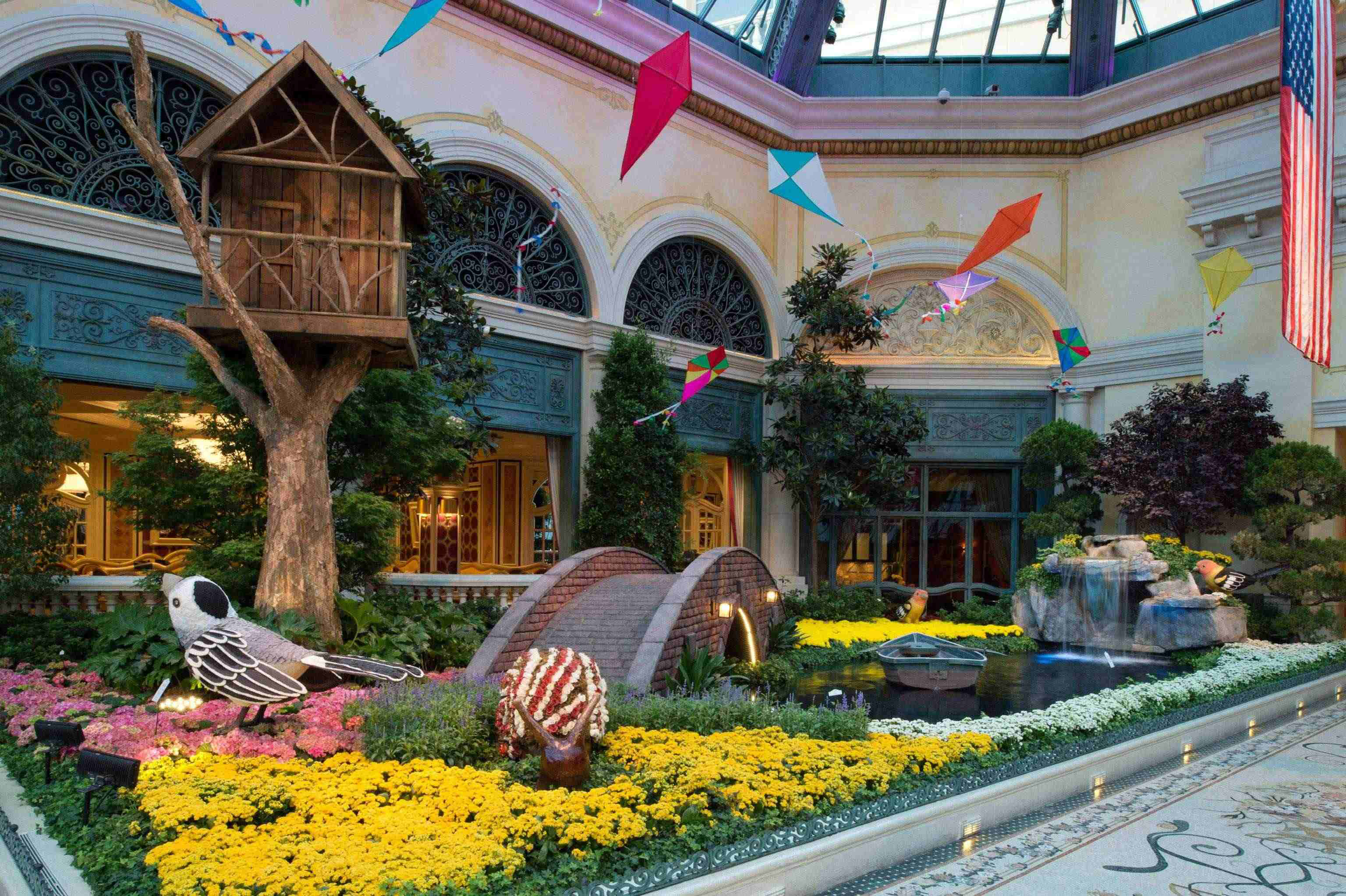 behind the scenes of bellagio's gardens