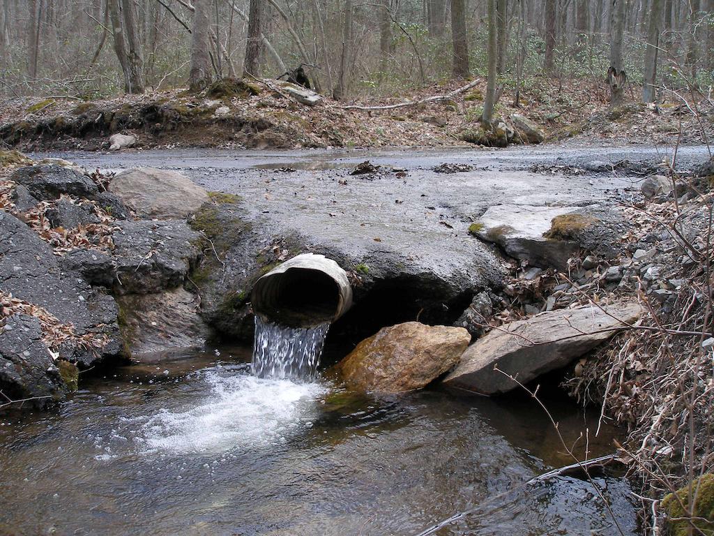Stormwater Runoff Pollution : Epa calculator to help reduce stormwater runoff