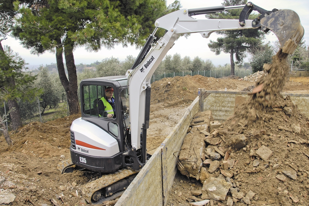 How To Calculate Compact Excavator Owning & Operating Costs
