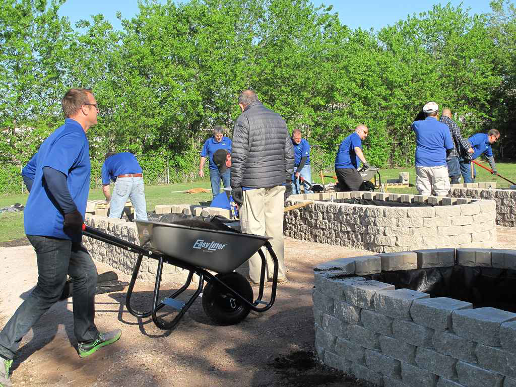 Ewing helps renovate dallas school irrigation system build football ewing pride project ewing pride project aloadofball Image collections