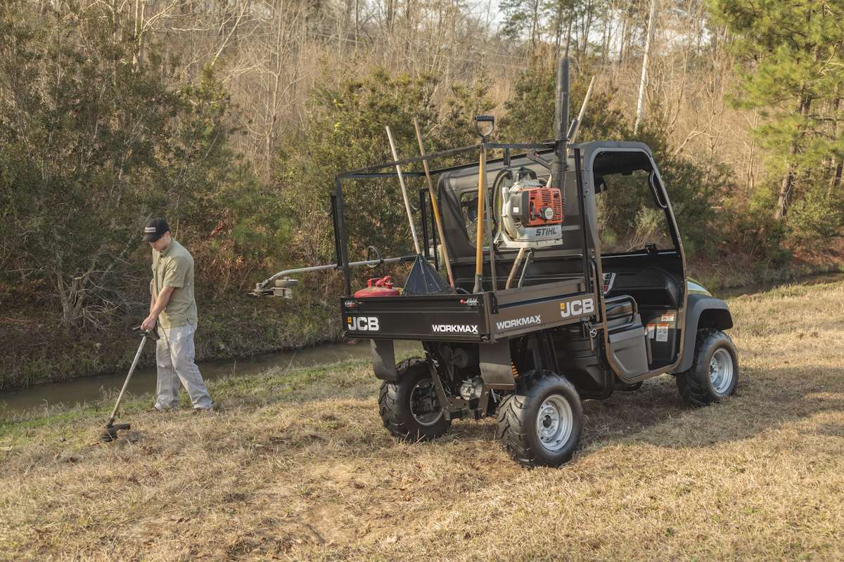 jcb enters north american utv atv market with workmax 800d. Black Bedroom Furniture Sets. Home Design Ideas