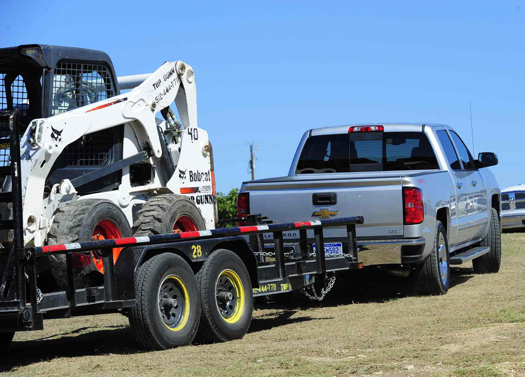 How to stay balanced while towing heavy equipment