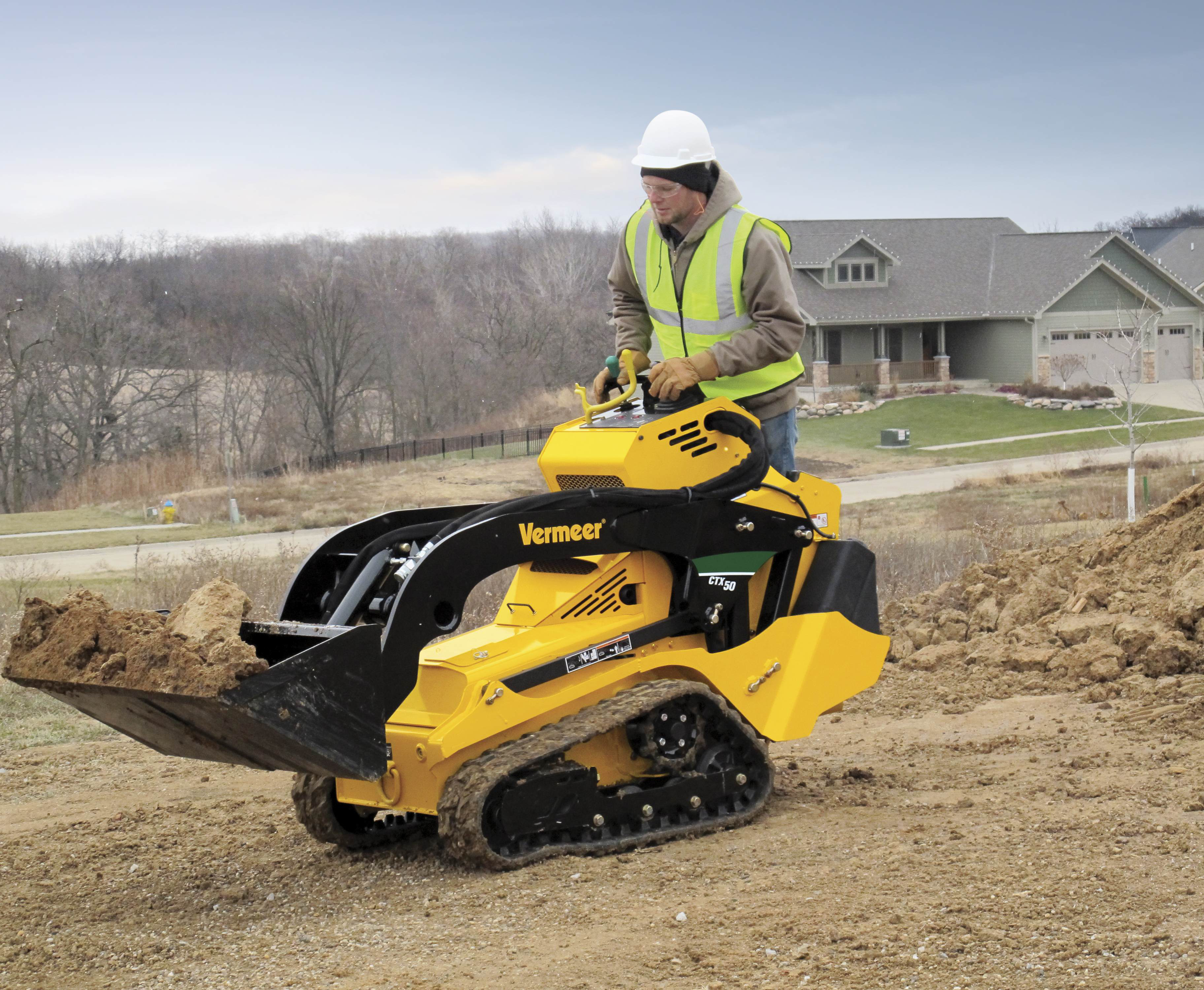 Mini Skid Steer : Vermeer unveils ctx mini skid steer designed for renters