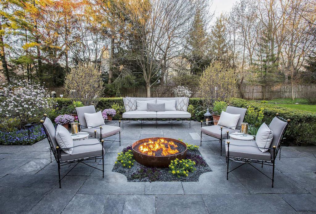 Chicago area landscape interior designers collaborate for for Landscape design chicago