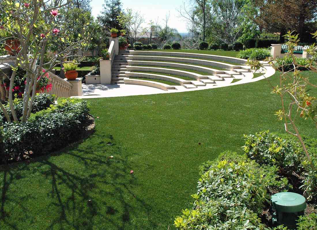 Artificial Grass Landscape As artificial turf grows producers of natural grass wince a small amphitheater project featuring artificial grass from dallas based everlast turf everlast is workwithnaturefo