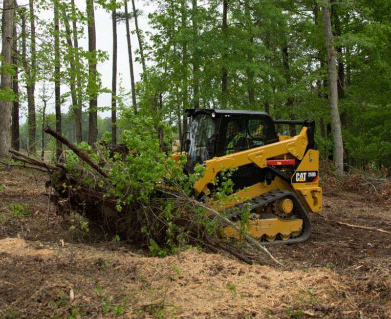 caterpillar clearing forest caterpillar introduces hand and foot controls, new mulchers Caterpillar 586C Forestry Mulcher at nearapp.co