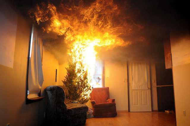 Christmas Tree On Fire.How To Prevent Christmas Trees From Becoming A Fire Hazard