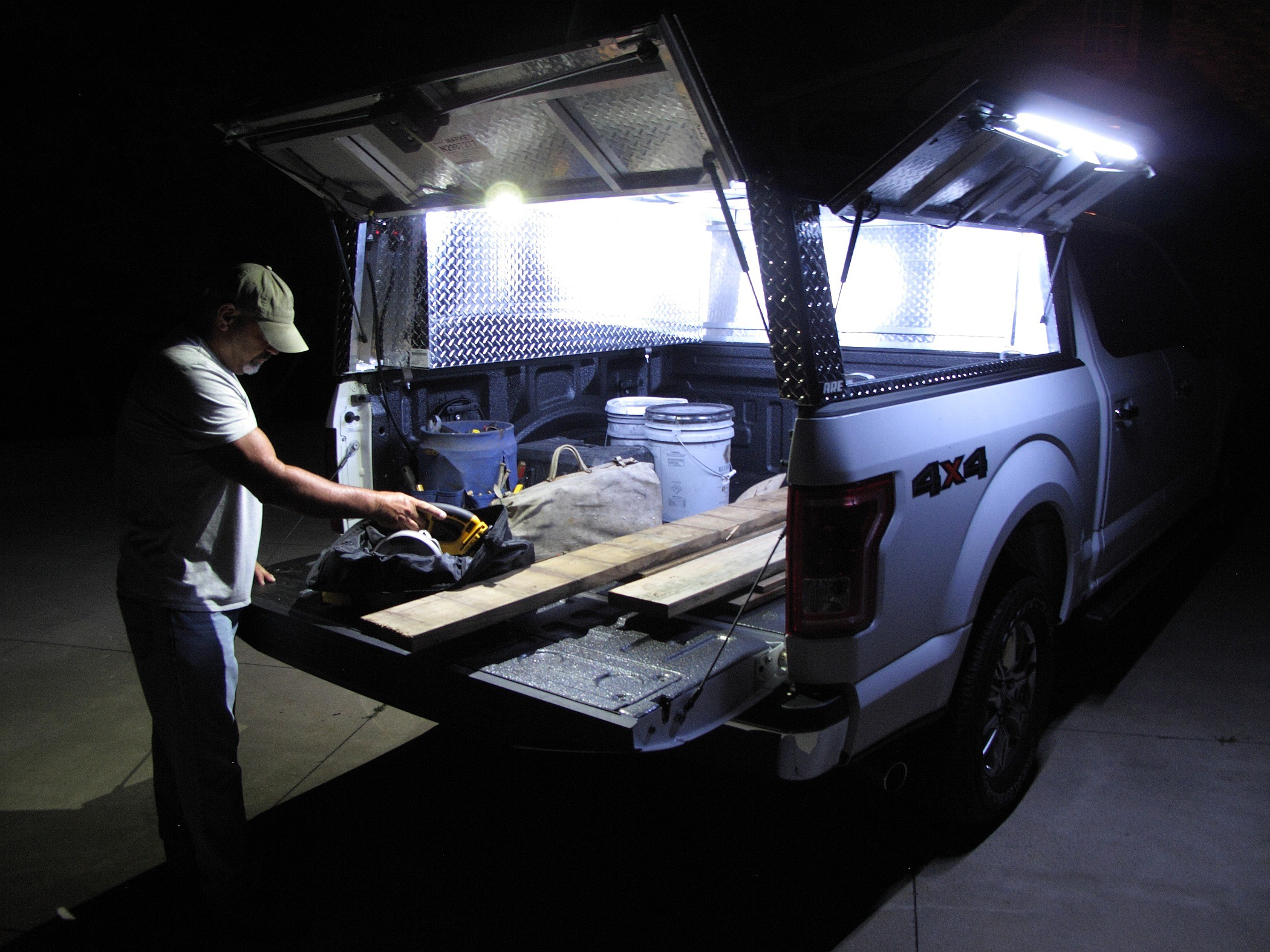 A R E Truck Bed Lighting For Those Who Work From Dawn To Dusk