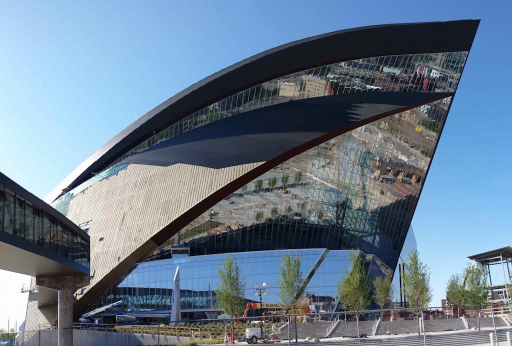Landscape designer wraps up work on Vikings' new stadium