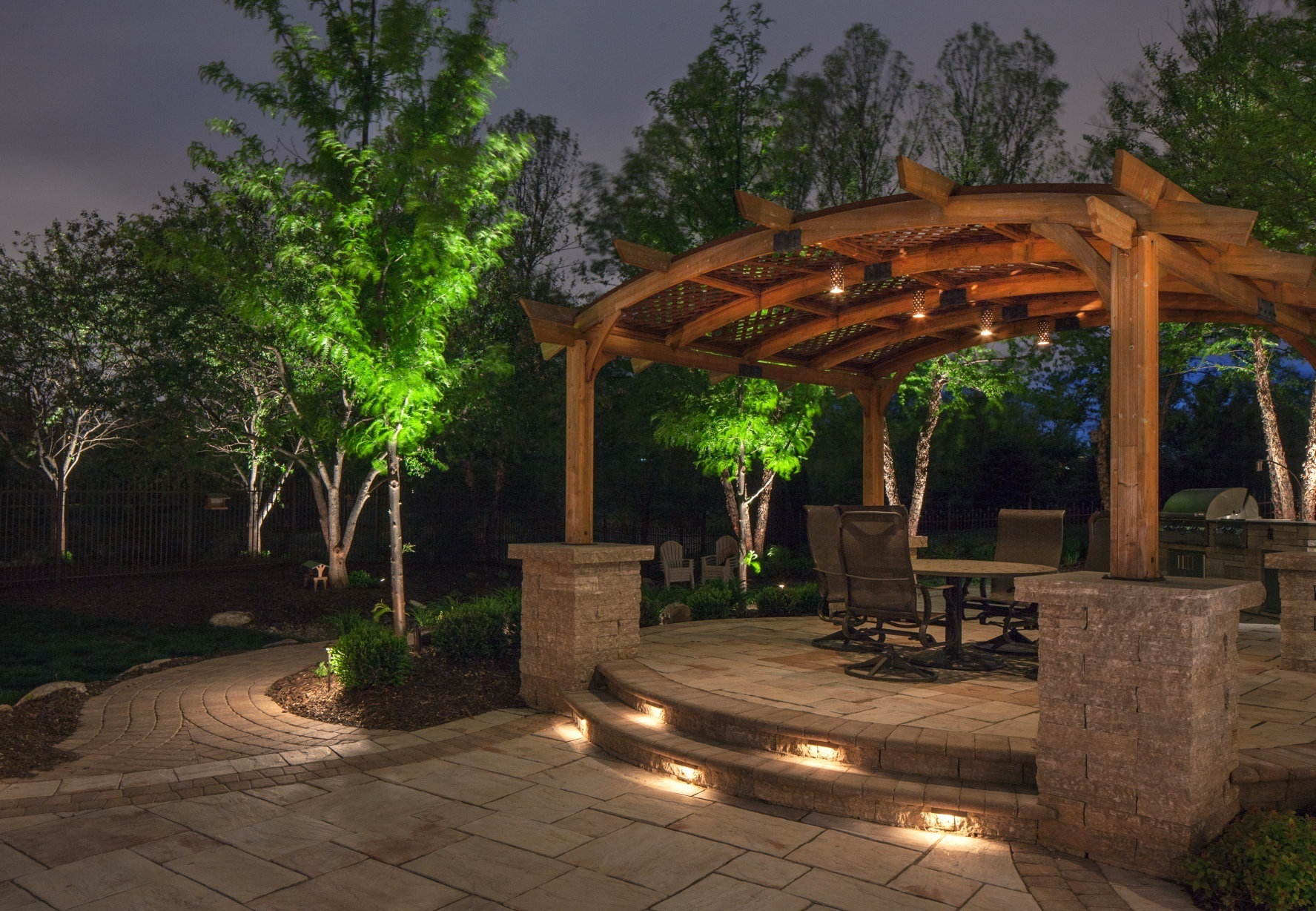 The 6 best spots for landscape lighting projects