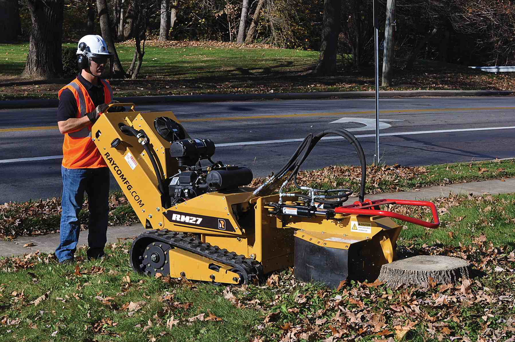 Products: Rayco's touts versatility of RM27 tracked tool carrier