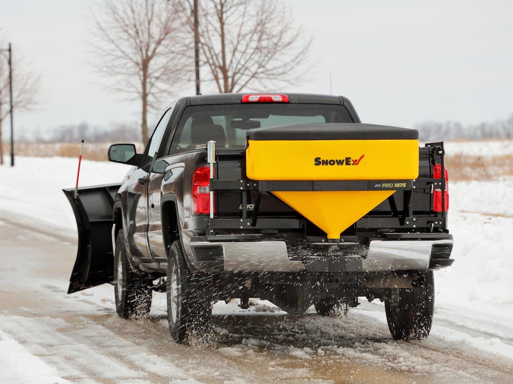 SnowEx, Hiniker boast of tailgate spreaders' reliability, control systems