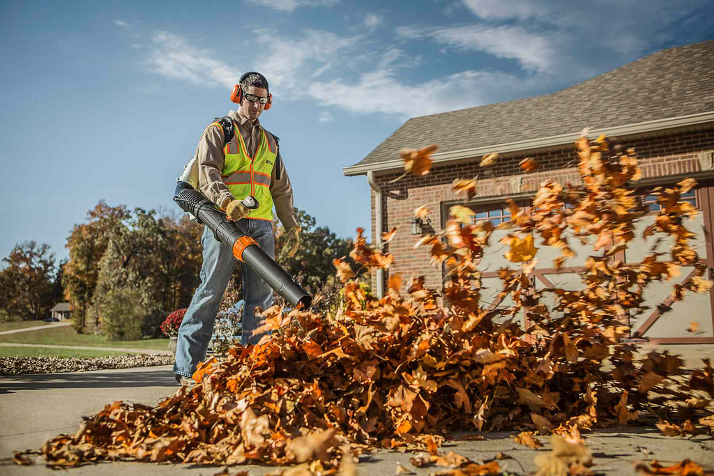 STIHL says new backpack blower is its most powerful unit ever