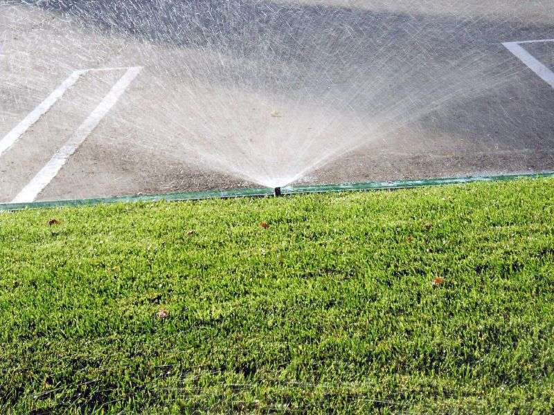 L.A. water agency takes heat for wetting down its synthetic turf