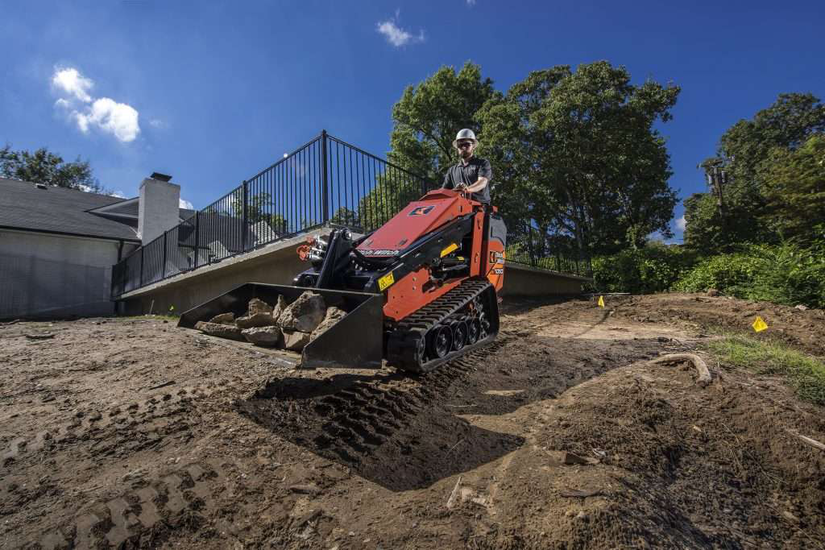 ditch-witch-sk1050-mini-skid-steer