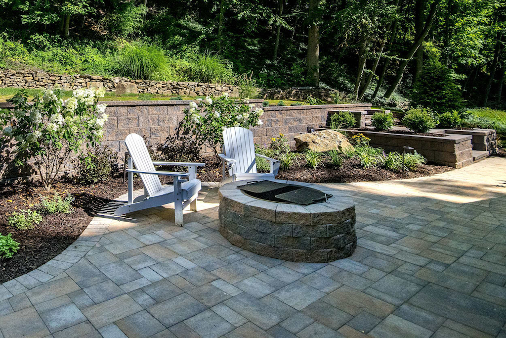 fire-pit-outdoor-living-areas