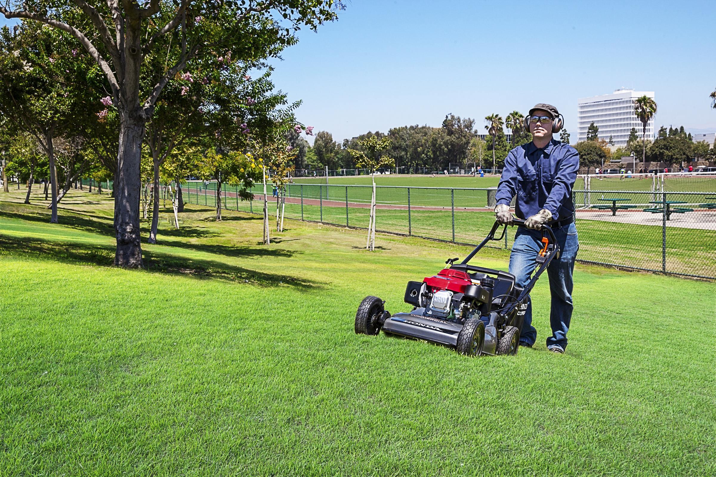 honda fills marketplace gaps with new mower and generators