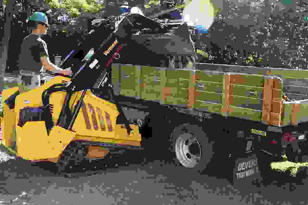 Vermeer adds more powerful compact utility loader to CTX line