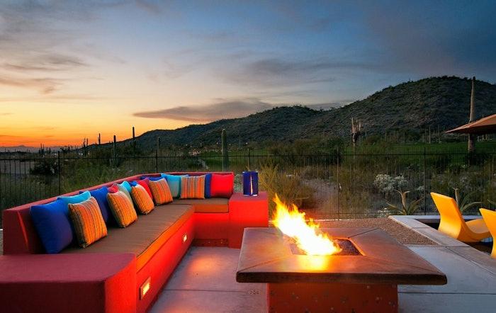 houzz-southwestern-design-fire-pit