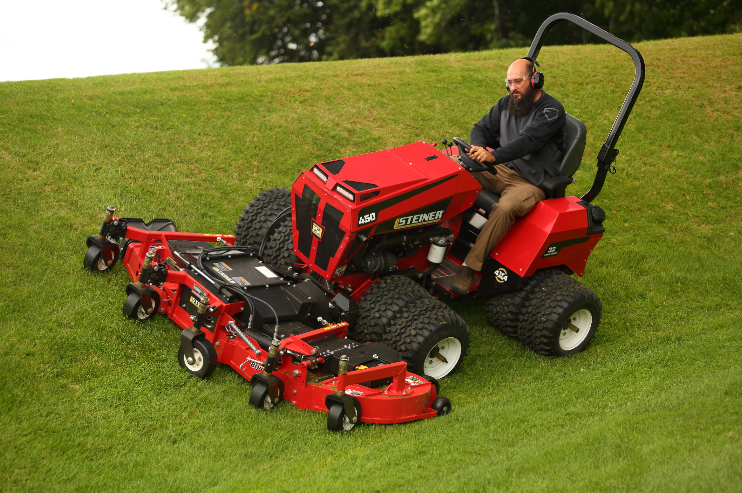 Steiner S Latest Tractor Is Designed To Handle Slopes