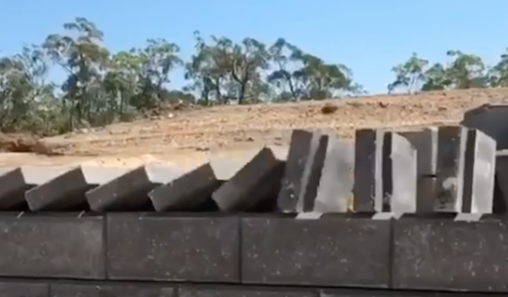 Brick Wall Dominoes