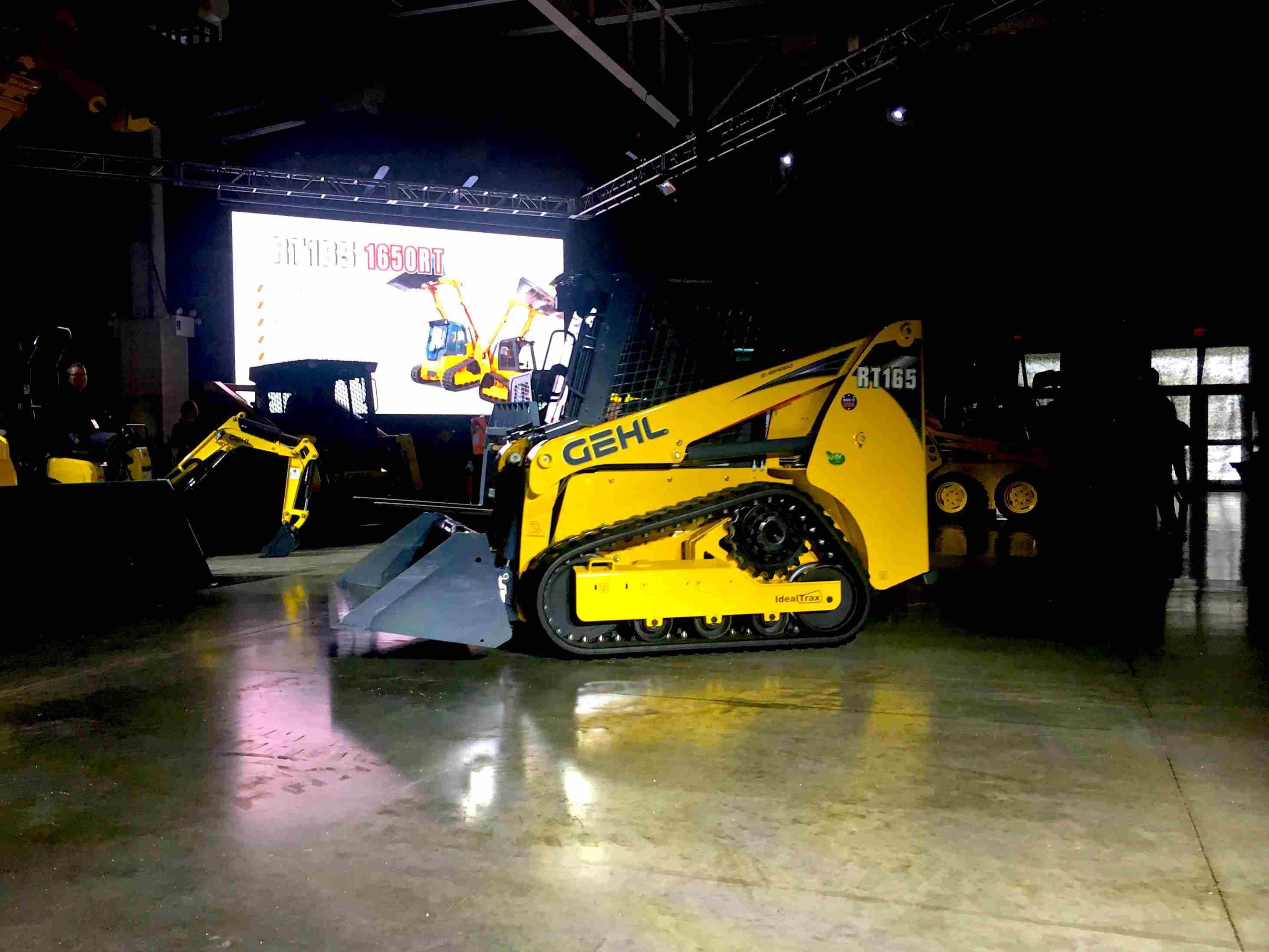Gehl, Mustang introduce new track loader models