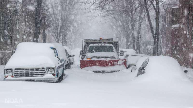 snow-plow-NOAA