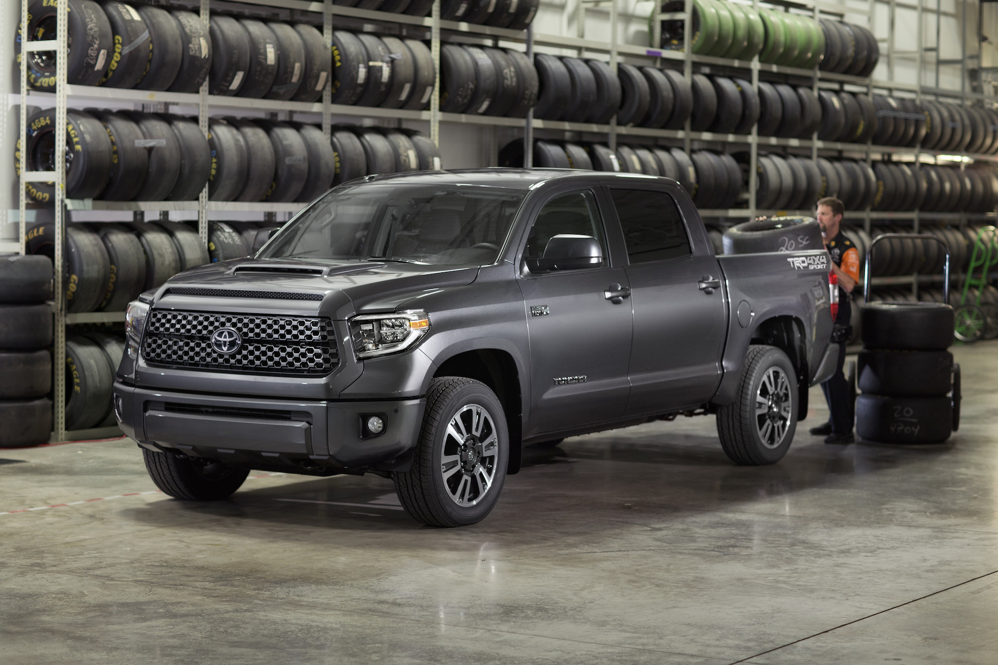 Toyota S 2018 Tundra Trd Pro Sport Refreshes Lineup