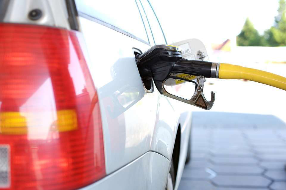 California passes controversial diesel, gasoline tax hikes