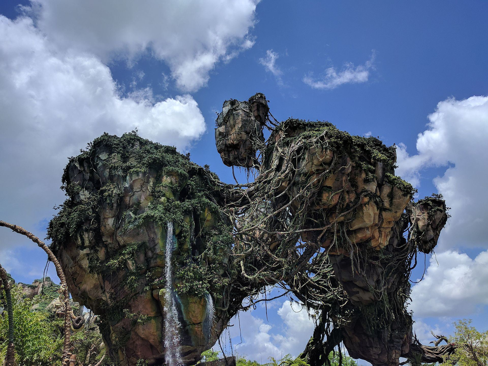 Disney brings Pandora to life with the help of landscaping
