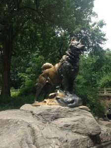 statue of balto the dog in new york city's central park