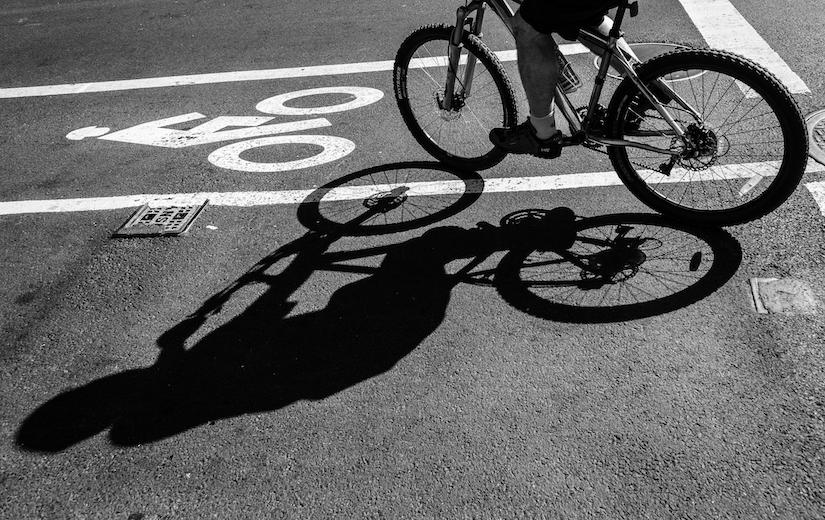 bicyclist-bike-lane