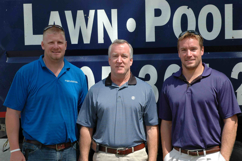 employees for reef tropical pool and landscape company