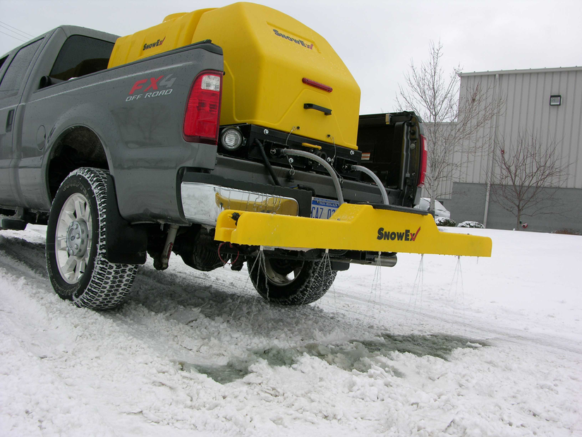 de-icing attachment from snow ex