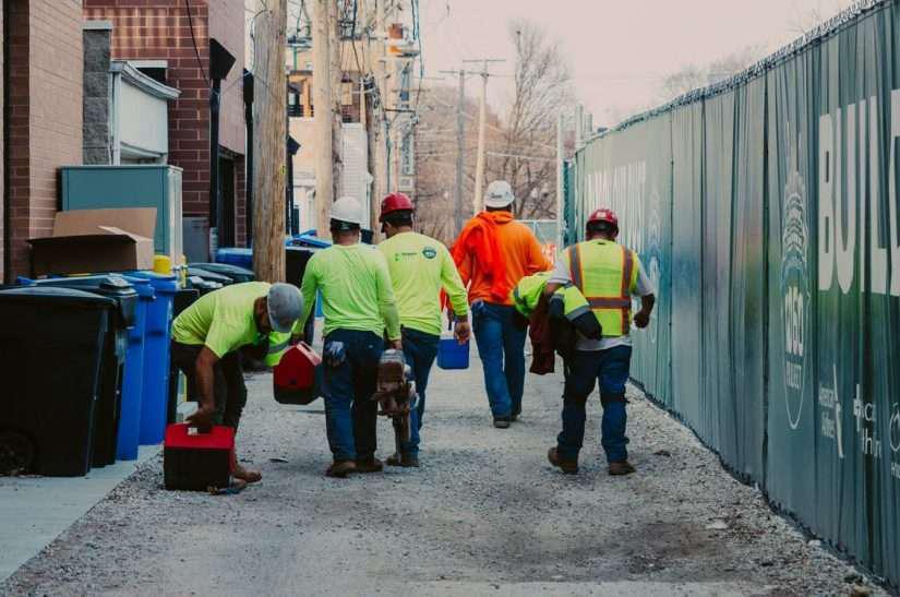 workers leaving jobsite