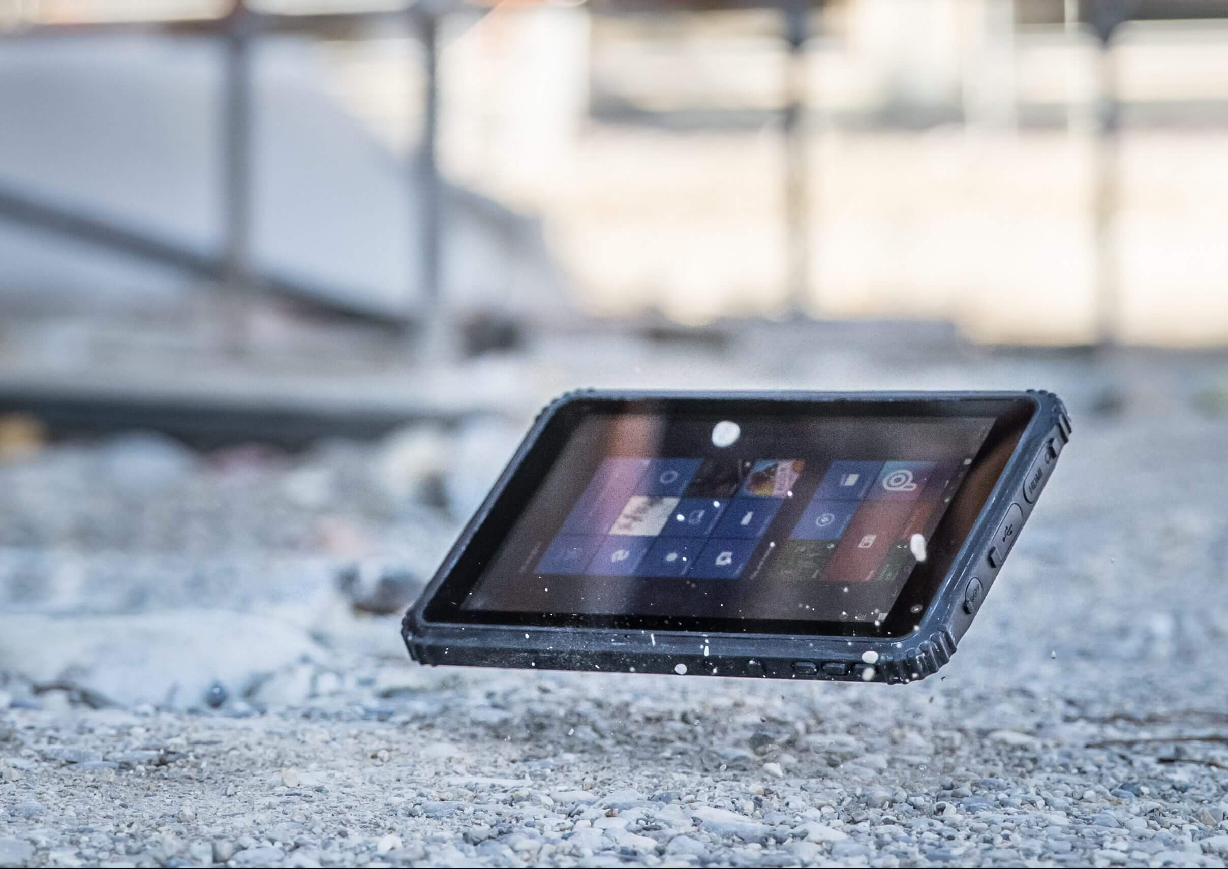 Caterpillar Unveils Its First Tablet Windows 10 Based T20