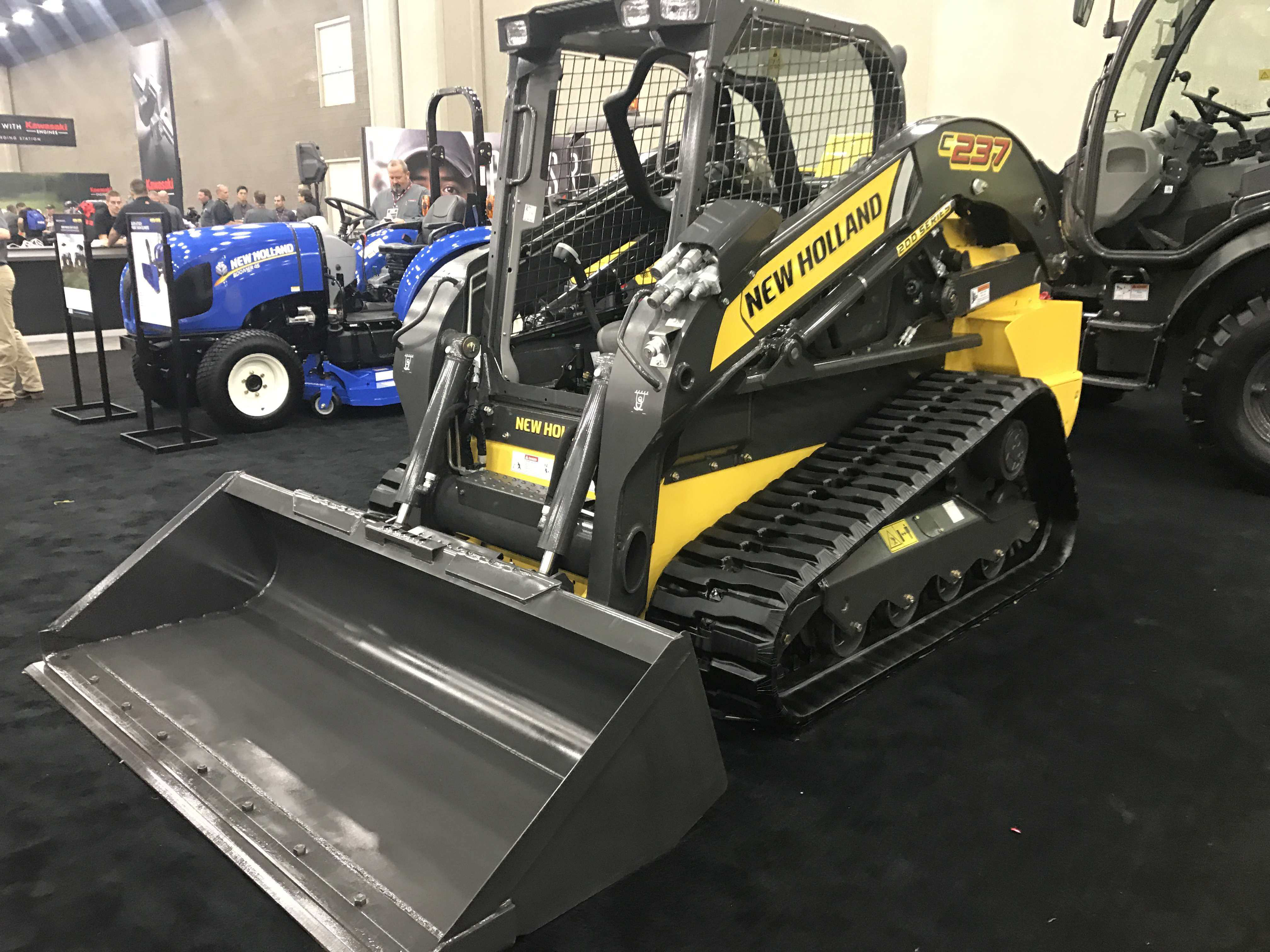 New Holland Debuts Brand New Compact Track Loader To Lineup
