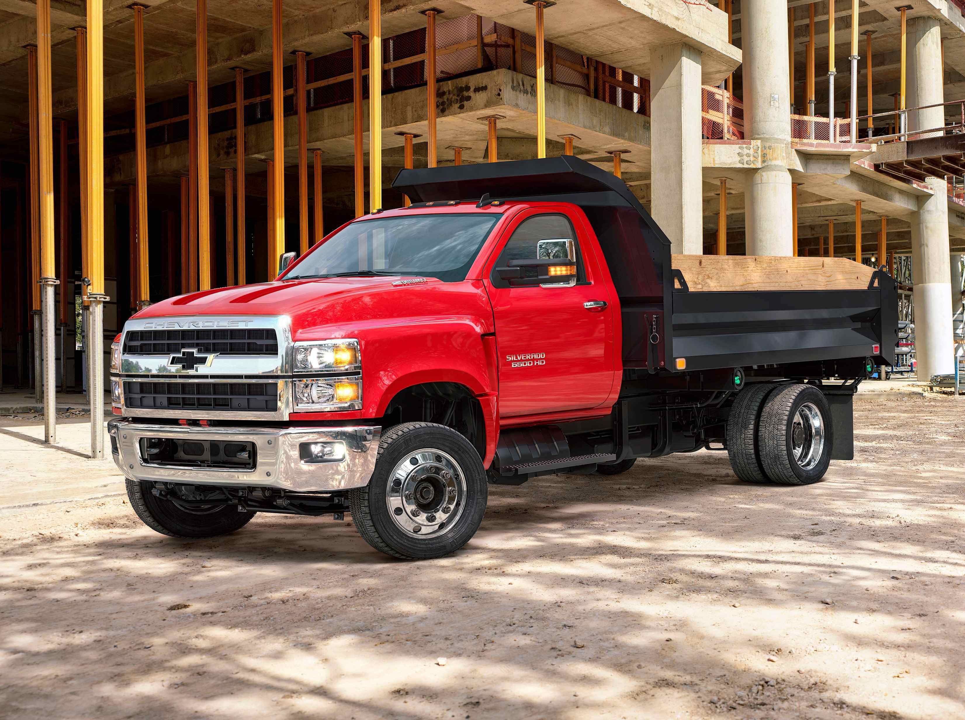 chevy unveils silverado 4500hd 5500hd and 6500hd. Black Bedroom Furniture Sets. Home Design Ideas