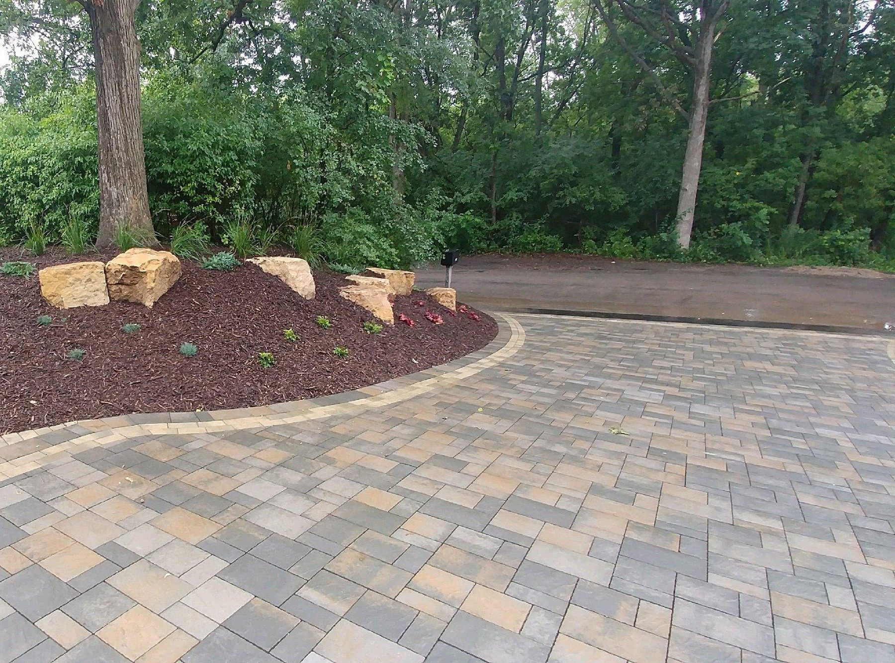 Photo of Willow Creek Paving Stones Hardscaping