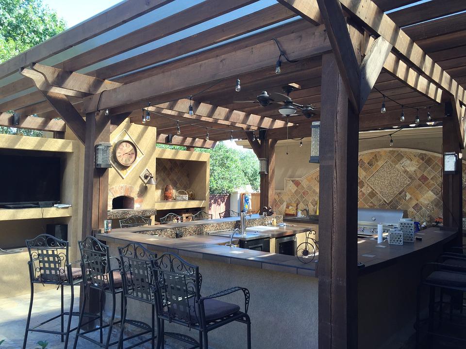 Let's get cooking: Outdoor kitchen design