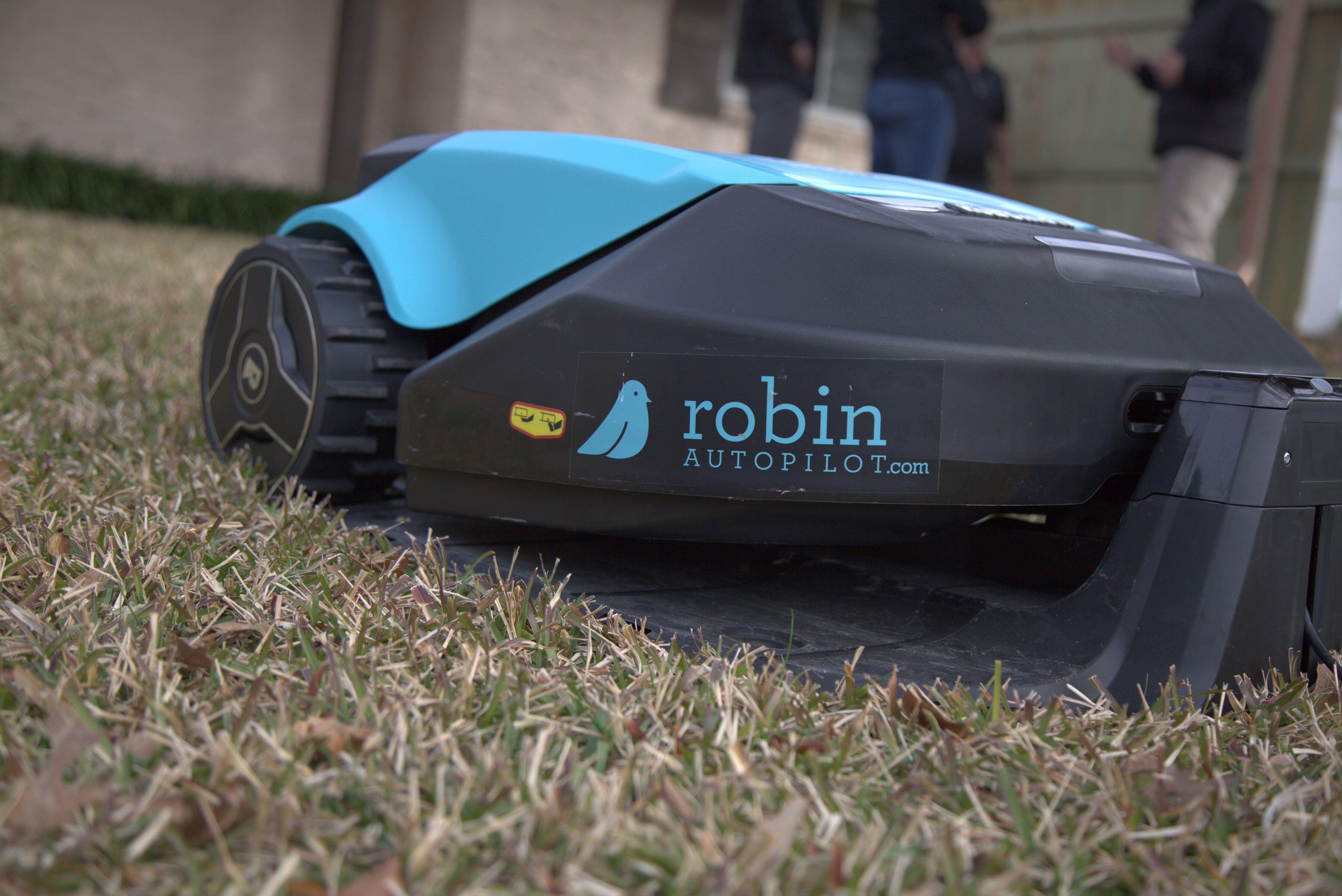 Impact Of Robotic Lawn Mowers For Landscaping