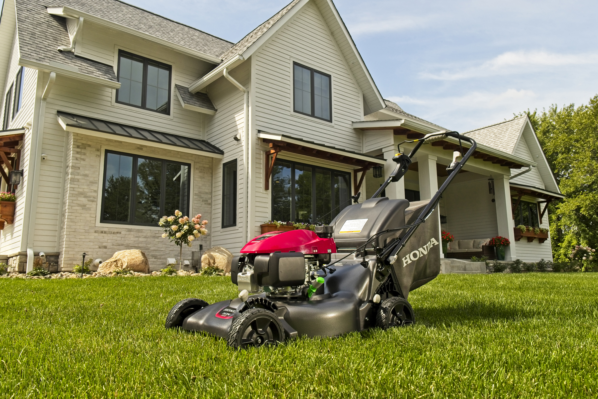 industry roundup  honda introduces new hrn series lawn mower