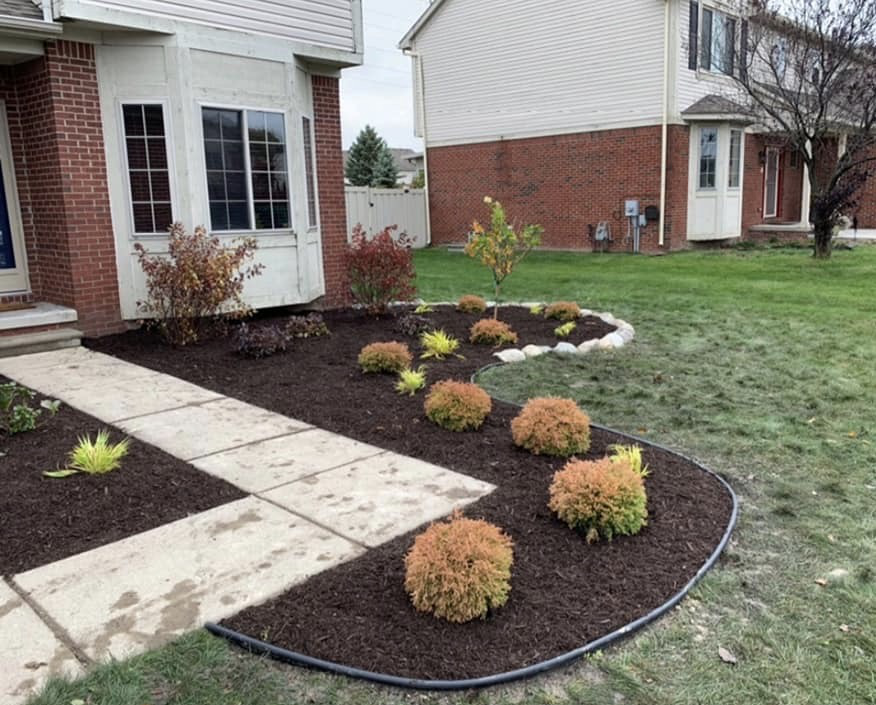 Landscaping Companies Adapting During Temporary Closures