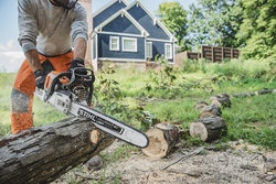 stihl-chainsaw-gas-powered