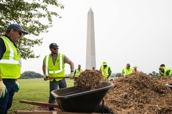 NALP members spreading mulch at the National Mall